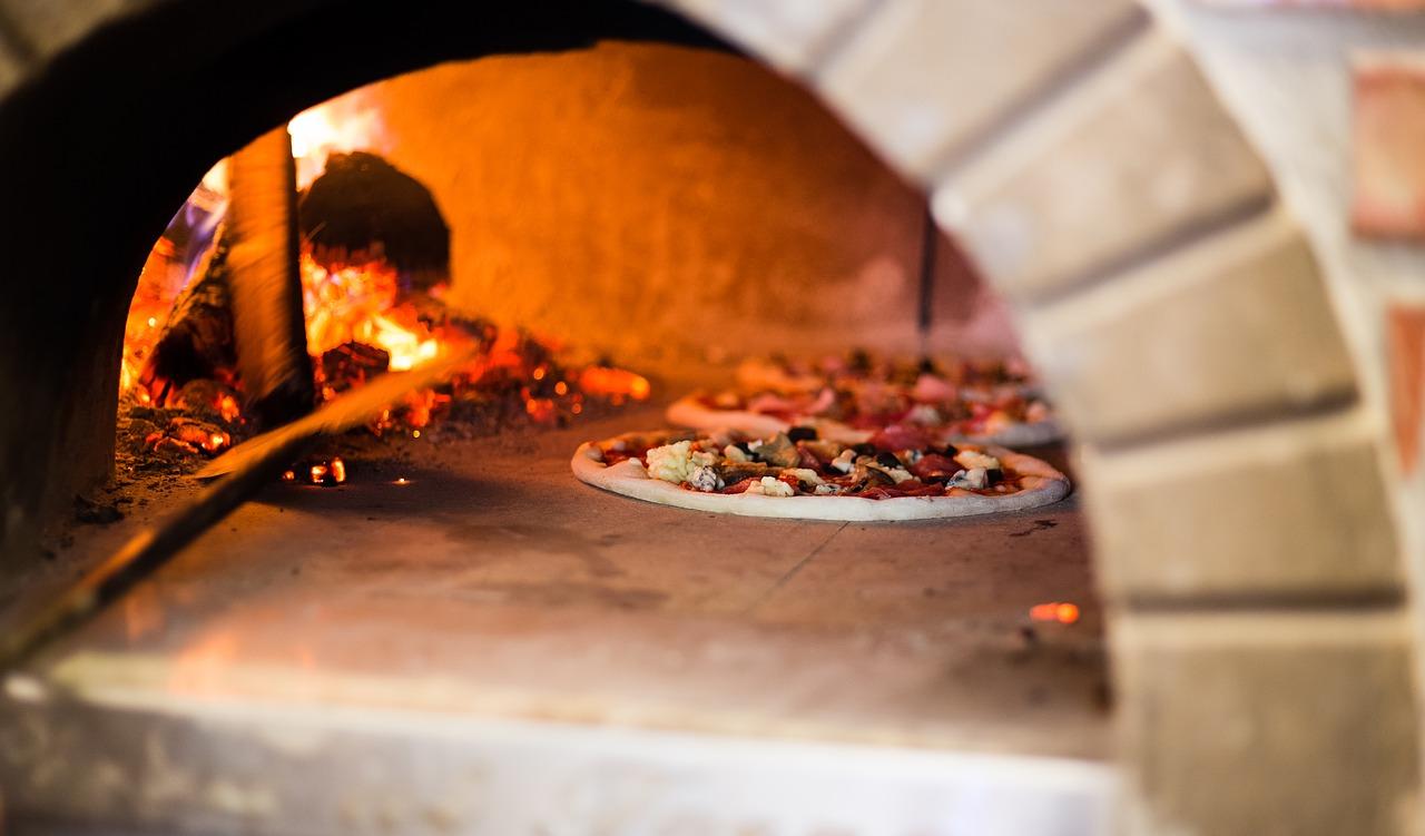 Les astuces pratiques pour réussir la cuisson d'une pizza
